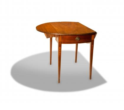 Walnut Hepplewhite Pembroke Table