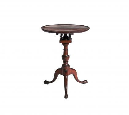 Walnut Hepplewhite Candlestand