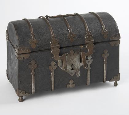 Domed Chagrin Casket