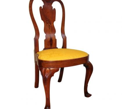 Walnut Queen Anne Balloon Seat Side Chair