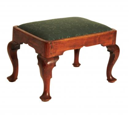 Diminutive Cherry Queen Anne Foot Stool